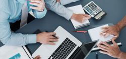 طرح توجیهی خدمات رایانه ای ومشاوره مدیریت با ظرفیت 43 برنامه در سال
